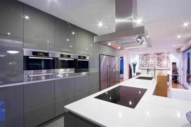 Modern-sophisticated-Kitchen-Interior-Remodeling-by-Darren-James